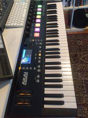 Akai Advance 61 Master-Keyboard