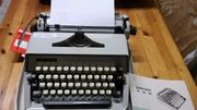 Mechanische Schreibmaschine f.