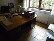 Aktenordner Schreibtisch