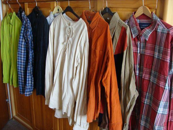 Herrenbekleidungs Paket Größe XL viele