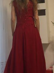 neu rotes Abendkleid