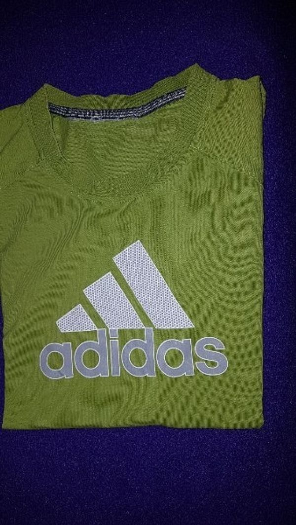 adidas T-Shirt grün ca 152