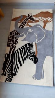 Teppich mit afrikanischen