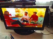 Flachfernsehen LG 50 PC51-ZB mit