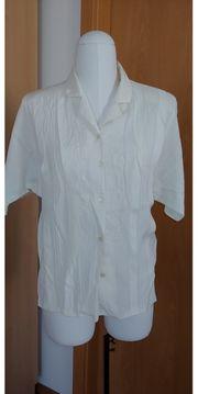 Elegante weiße Bluse mit Stickerei