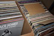 ca 540 Schallplatten mit Liste