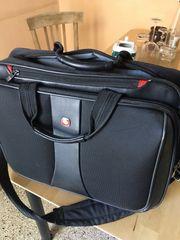 Laptop-Businesstasche von Wenger mit Organizer