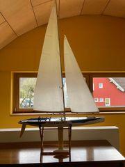 Modell-Segelboot Sonderangebot