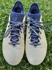 Fußballschuhe von Adidas Gr 42