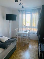 schönes modernes Zimmer an Wochenendheimfahrer