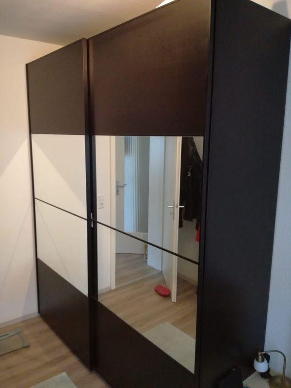 Ikea Pax Kleiderschrank Schwarzbraun Mit Spiegelture Und