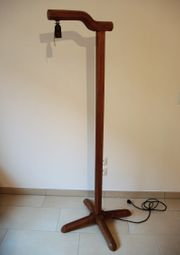 Stehlampe antik aus Hartholz