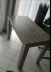 Tisch 2 Freischwinger