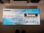 Casio Lighting Keyboard LK-200s
