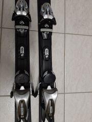 Skier mit Skischuhe