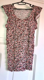 Blumen Rüschen T-Shirt Größe 146