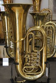 Gebrüder Alexander Mainz B - Tuba