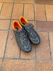 Nike Fußballschuhe Größe 42 5