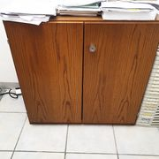 Büromöbel zu verkaufen