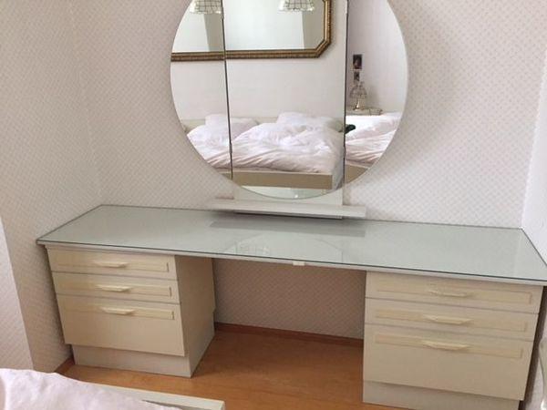schlafzimmer bett mit ankauf und verkauf anzeigen billiger preis. Black Bedroom Furniture Sets. Home Design Ideas