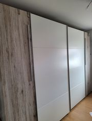 Wohnungsauflösung - Bett - Schrank - Tisch - Sofa - E-Roller
