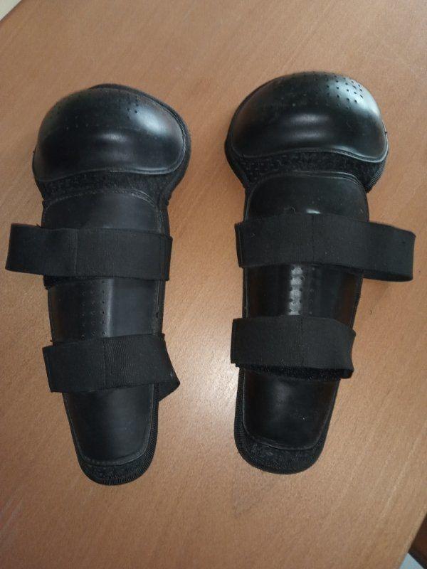 knie und Schienbein Protektoren