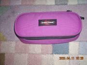 Federmappe Eastpak lila pink