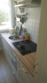 Einbauküche mit Spülmaschine Herd Abzug