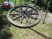 uraltes Wagenrad Antik Deco Dekoration