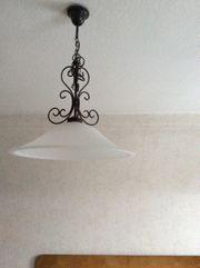 Leuchte elegante zeitlose Form