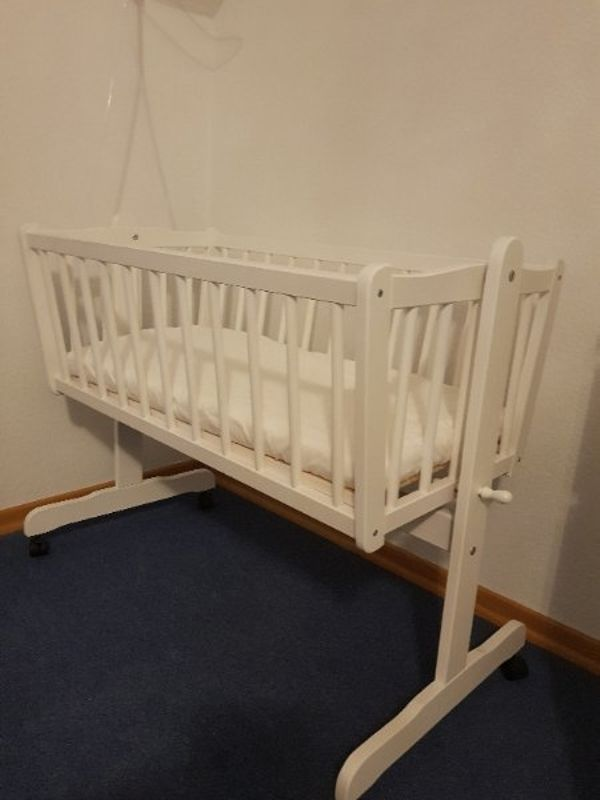 Babywiege kaufen / Babywiege gebraucht - dhd24.com