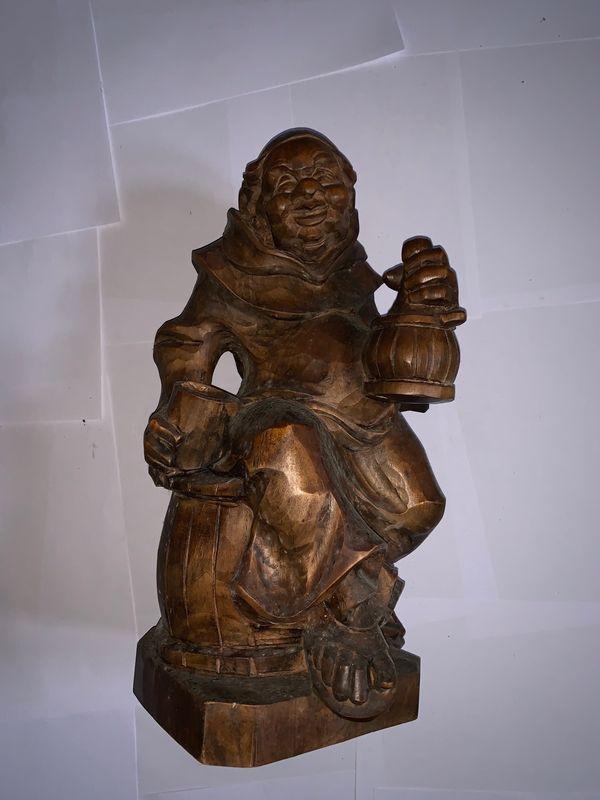 Geschnitzter Mönch