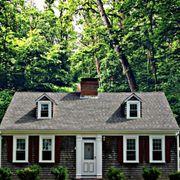 Suche kleines freistehendes Einfamilienhaus
