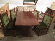 Stabiler Esszimmertisch mit 4 Stühlen