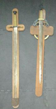 Zwei Schwerter