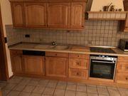 Echtholz Küche mit Geräten