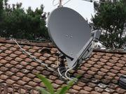 Antenne Parabolantenne und Antennenstange als