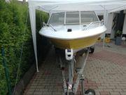 Sportboot mit Motor