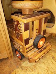Bobycar zum draufsitzen mit Holzbauklötzen