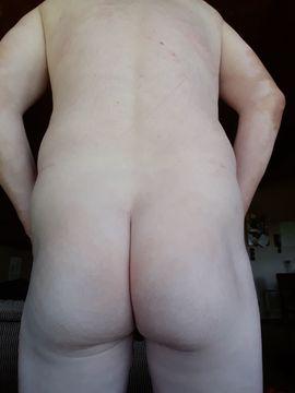 Er sucht Sie (Erotik) - Suche Sekt-Liebhaberin