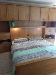 Komplettes Vollholz Schlafzimmer