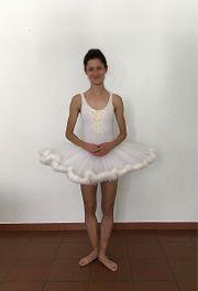 Professionelles Ballett-Tutu im weiß