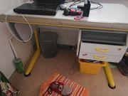 Schreibtisch MOLL