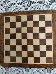 zusammenklappbares Schabrett Holz 25x25 cm