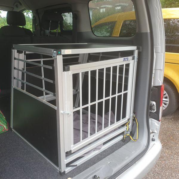 Alu Hundetransportbox zu verkaufen
