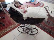 Puppenwagen mit Puppe Antik