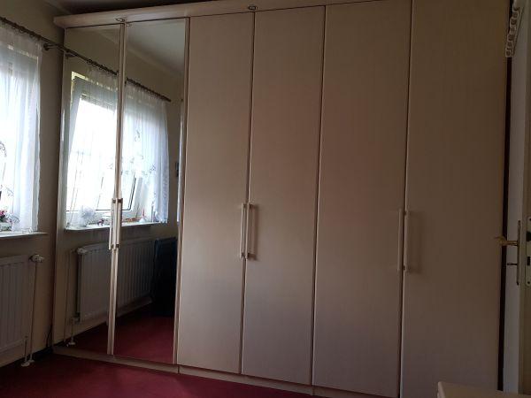 komplettes Schlafzimmer, Teile auch einzeln zu kaufen in Großbeeren ...
