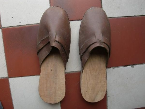 Holzpantoffeln aus den 50ern
