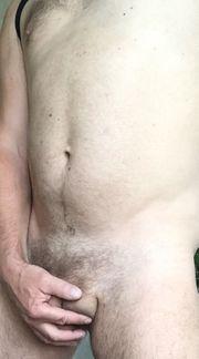 NACKT putzen für SIE Nackt-Gartenhilfe