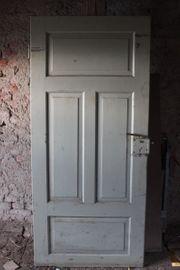 Alte Holz Zimmertür mit Kastenschloß